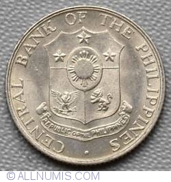 Image #1 of 10 Centavos 1966