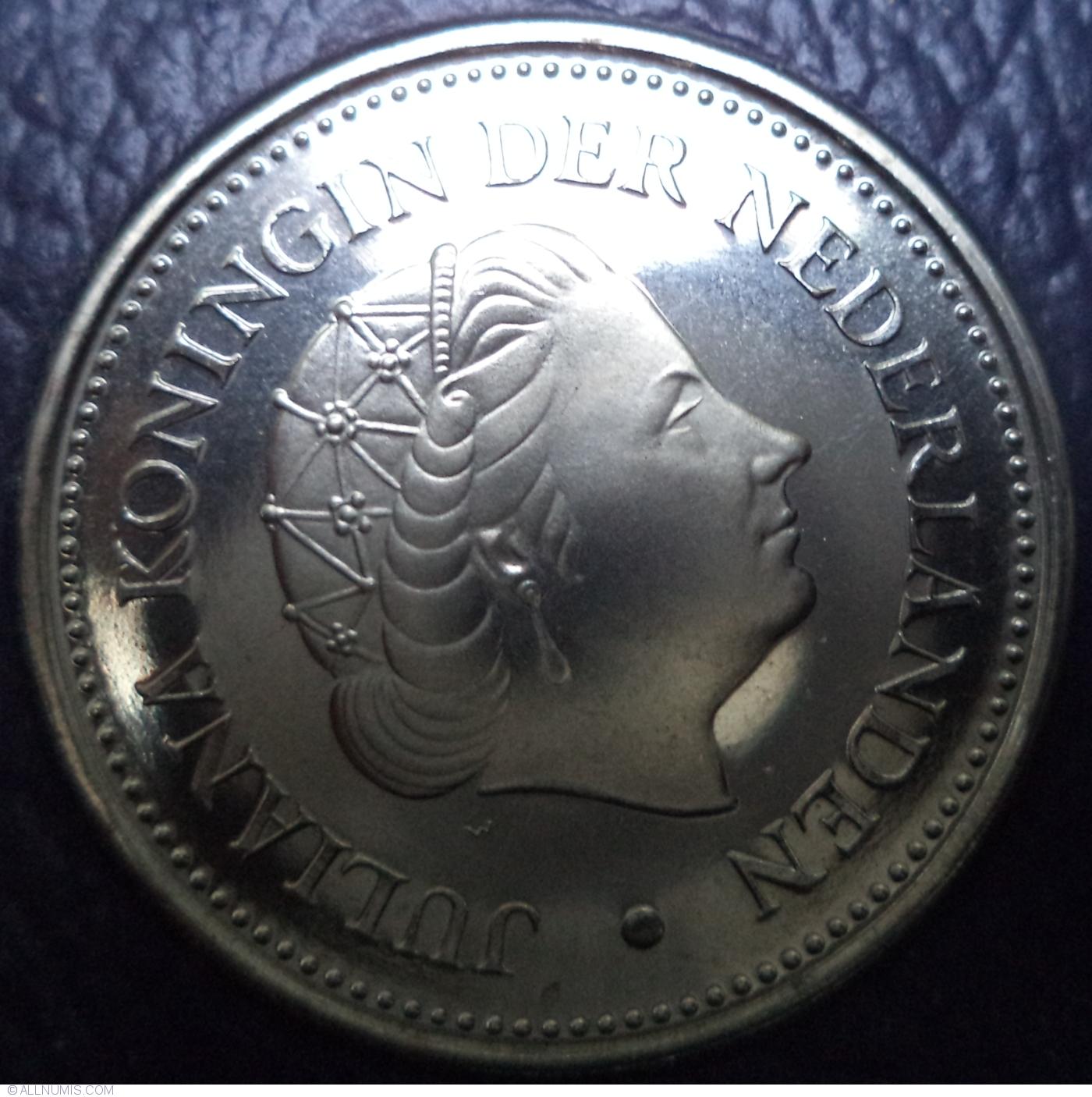 NETHERLANDS ANTILLES  1 /& 2-1//2 GULDEN MINT YEAR SET 1980 2 Coins Token B8
