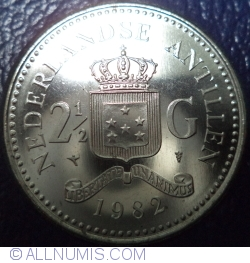 Image #1 of 2 ½ Gulden 1982