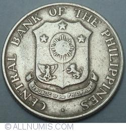 Image #2 of 10 Centavos 1962