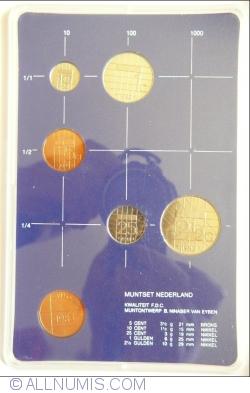 Image #1 of Mint Set 1983