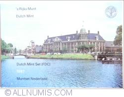 Image #1 of Mint Set 1987