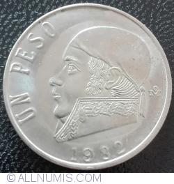 Image #1 of 1 Peso 1982