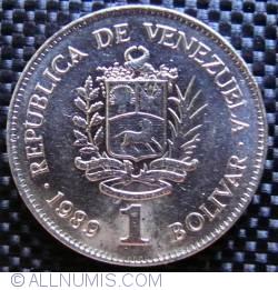 Imaginea #1 a 1 Bolivar 1989 - Varianta - Alta marime a fontului la numele gravorului