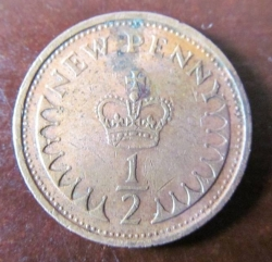 1/2 New Penny 1979