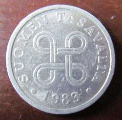 Image #2 of 5 Pennia 1983