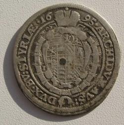 Image #2 of 15 Kreuzer 1695