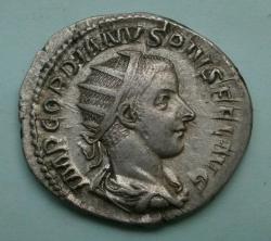 Image #1 of Antoninianus 238-244