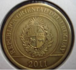 Image #2 of 2 Pesos 2011
