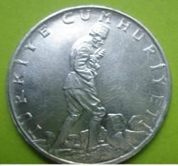 Image #2 of 2 1/2 Lira 1974