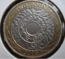 Image #1 of 2 Pounds 2005