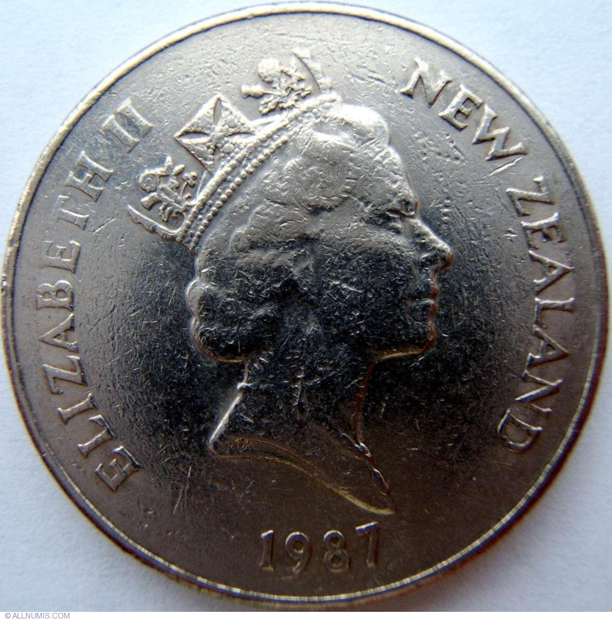 Q New Zealand 1987-20 Cents Copper-Nickel Coin Elizabeth II Kiwi bird