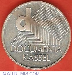 Image #2 of 10 Euro 2002 J - Documenta Kassel