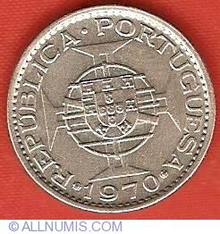 Image #1 of 2-1/2 Escudos 1970