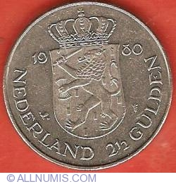 Image #2 of 2-1/2 Gulden 1980 - Investure of New Queen