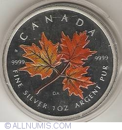 Image #2 of 5 Dollars 2001 - Maple Leaf