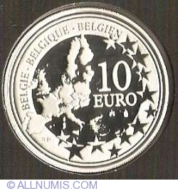 Image #2 of 10 Euro 2005 Soccer