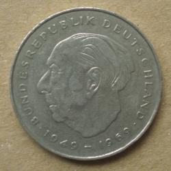 2 Mark 1982 J - Theodor Heuss